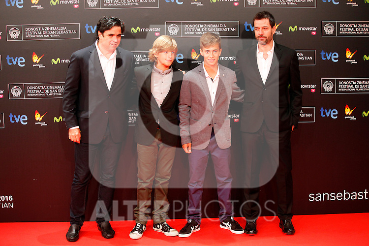 posses in the photocall of the 61 San Sebastian Film Festival, in San Sebastian, Spain. September 20, 2013. (ALTERPHOTOS/Victor Blanco)