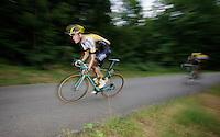 Wilco Kelderman (NLD/LottoNL-Jumbo) descending the Col de Chaussy (C1/1533m/14.4km@6.3%)<br /> <br /> stage 19: St-Jean-de-Maurienne - La Toussuire / Les Sybelles   (138km)<br /> Tour de France 2015