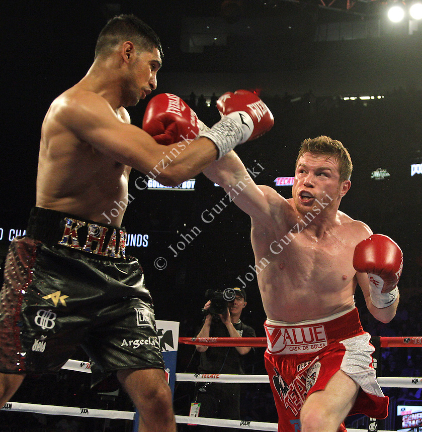Canelo Khan Fight 050716