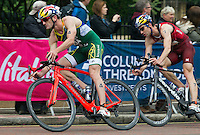 31 MAY 2015 - LONDON, GBR - Richard Murray (RSA) (left) from South Africa and Sven Riederer (SUI) (right) from Switzerland chase the front pack during the bike at the elite men's 2015 ITU World Triathlon Series round in Hyde Park, London, Great Britain (PHOTO COPYRIGHT © 2015 NIGEL FARROW, ALL RIGHTS RESERVED)