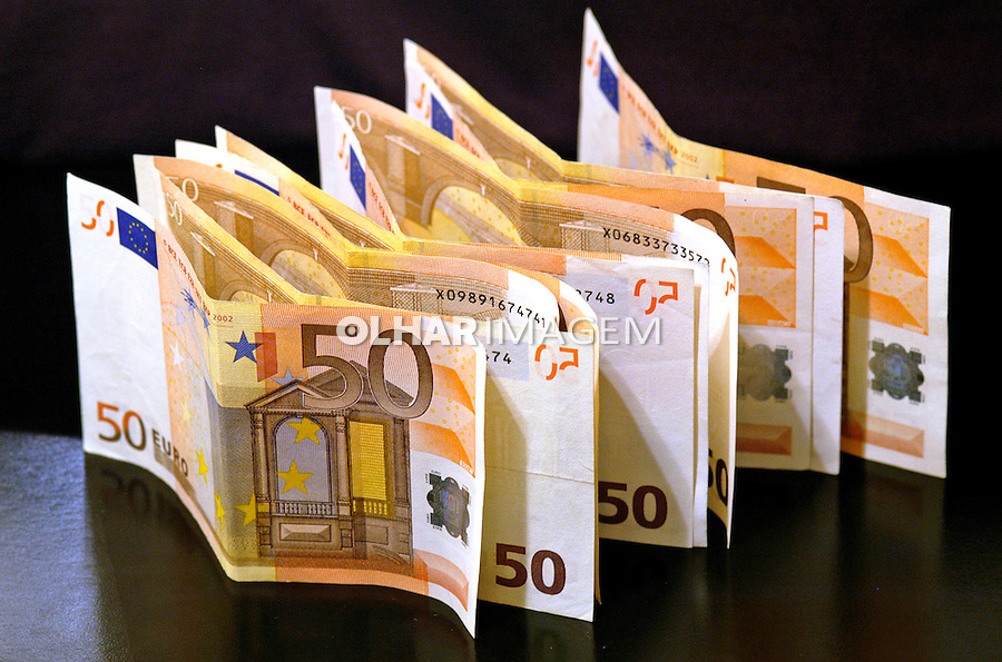 Papel moéda euros.Foto de Manuel Lourenço.