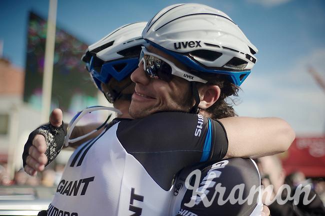teammate Roy Curvers (NLD/Giant-Shimano) congratulates race winner Marcel Kittel (DEU/Giant-Shimano)<br /> <br /> 102nd Scheldeprijs 2014