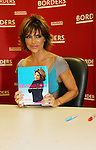 Lisa Rinna with her new book Rinnavation - Getting Your Best Life Ever debuts today, May 19. 2009 at Borders at Columbus Circle, New York City, New York. (Photo by Sue Coflin/Max Photos)