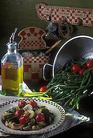 Cuisine/Gastronomie Generale: Salade tiède de haricots verts et de tomates