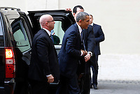 Il presidente degli Stati Uniti Barack Obama arriva in Vaticano, 27 marzo 2014.<br /> U.S. President Barack Obama arrives to meet the Pope at the Vatican, 27 March 2014.<br /> UPDATE IMAGES PRESS/Riccardo De Luca<br /> <br /> STRICTLY ONLY FOR EDITORIAL USE