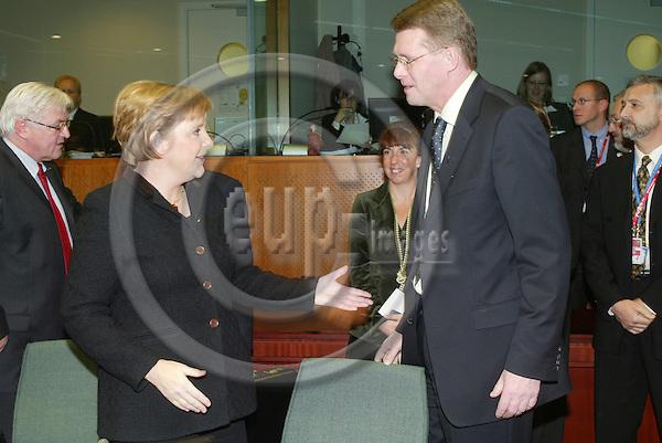 BRUSSELS - BELGIUM - 15 DECEMBER 2005 -- EU SUMMIT --Angela MERKEL Federal Chancellor of Germanym and Matti VANHANEN, Prime Minister of Finland .  PHOTO: ERIK LUNTANG / EUP-IMAGES