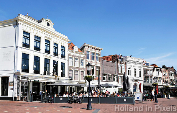 Cafe's en restaurants aan de Markt in Gouda.