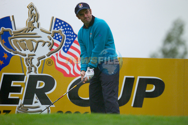 20th September, 2006. European Ryder Cup team member Paul McGinley practises on the 12th tee box during practise Day 2 of the Palmer Course at the K CLub..Photo: Eoin Clarke/ Newsfile.