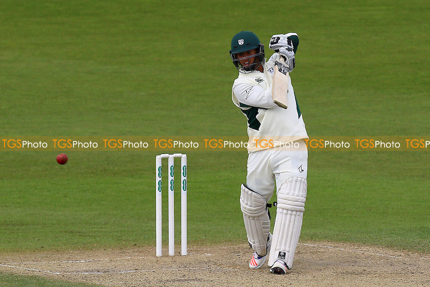 Brett D'Oliveira hits four runs for Worcestershire during Worcestershire CCC vs Essex CCC, Specsavers County Championship Division 2 Cricket at New Road on 3rd May 2016