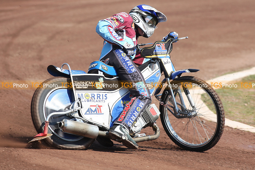 Heat 3: Piotr Swiderski out in front - Lakeside Hammers vs Eastbourne Eagles - Elite League Speedway at Arena Essex Raceway - 22/04/11 - MANDATORY CREDIT: Gavin Ellis/TGSPHOTO - Self billing applies where appropriate - Tel: 0845 094 6026
