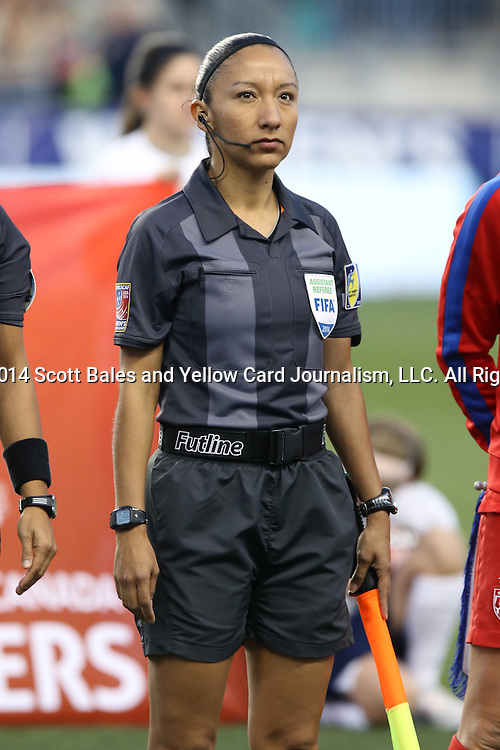 26 October 2014: Assistant referee Mayte Chavez (MEX) The United States Women's National Team played the Costa Rica Women's National Team at PPL Park in Chester, Pennsylvania in the 2014 CONCACAF Women's Championship championship game. By advancing to the final, both teams have qualified for next year's Women's World Cup in Canada. The United States won the game 6-0.