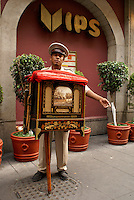 Organ grinder in downtown Mexico City