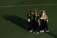 Billy Stanlake of Australia celebrates with teammates for the wicket of Martin Guptill of New Zealand. New Zealand Black Caps v Australia, Final of Trans-Tasman Twenty20 Tri-Series cricket. Eden Park, Auckland, New Zealand. Wednesday 21 February 2018. © Copyright Photo: Anthony Au-Yeung / www.photosport.nz