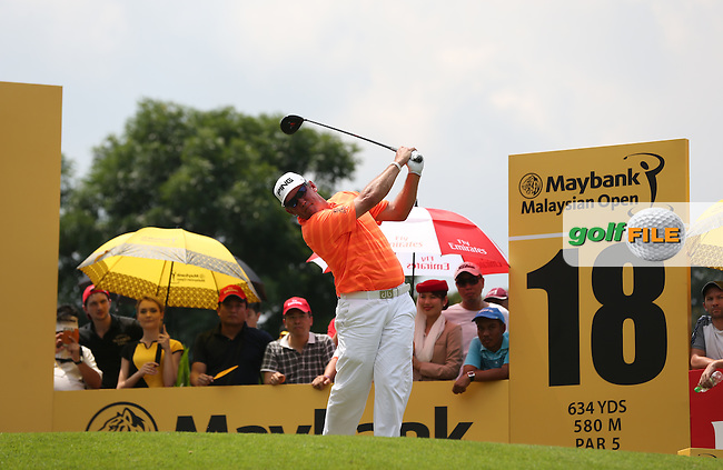 Closing holes mean pressure for Lee Westwood (ENG) with six consecutive pars during Round Three of the 2014 Maybank Malaysian Open at the Kuala Lumpur Golf & Country Club, Kuala Lumpur, Malaysia. Picture:  David Lloyd / www.golffile.ie