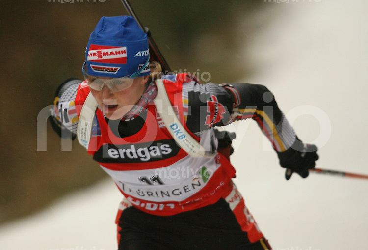 Oberhof , 050107 ; Biathlon Weltcup Oberhof , Sprintrennen , 7,5km der Frauen  Martina GLAGOW (GER)