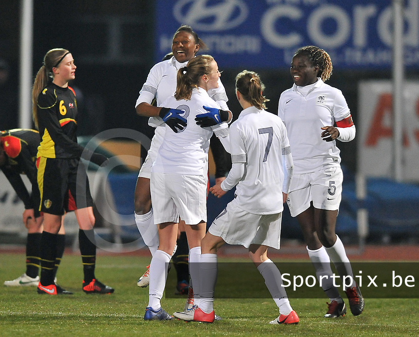 France U19 - Belgium U19 : Kadidiatou Diani and teammates celebrating the 2-0 for France.foto DAVID CATRY / Nikonpro.be