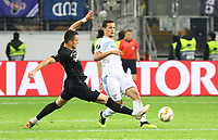 Luiz Felipe (Lazio Rom) gegen Filip Kostic (Eintracht Frankfurt) - 04.10.2018: Eintracht Frankfurt vs. Lazio Rom, UEFA Europa League 2. Spieltag, Commerzbank Arena, DISCLAIMER: DFL regulations prohibit any use of photographs as image sequences and/or quasi-video.
