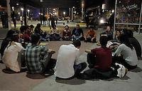 SAO PAULO,SP,17.07.2014-ATO/PLENARIA/ROOSEVELT LIVRE-Integrantes<br /> do coletivo Roosevelt Livre reunidos para discutir os temas:Ocupa&ccedil;&atilde;o dos espa&ccedil;os p&uacute;blicos; viol&ecirc;ncia policial, seguran&ccedil;a p&uacute;blica, experi&ecirc;ncias de diversos coletivos.<br /> Na Pra&ccedil;a Roosevelt;Regi&atilde;o Central da Cidade de S&atilde;o Paulo, na noite dessa quinta-feira,17<br /> (Foto:Kevin David/Brazil Photo Press)