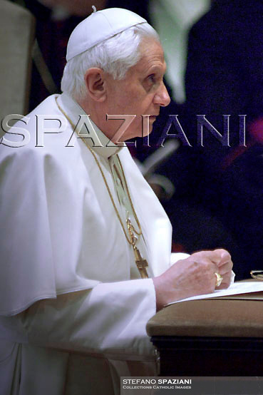 Pope Benedict XVI says Rosary in the Paul VI hall at the Vatican Saturday, March 10, 2007
