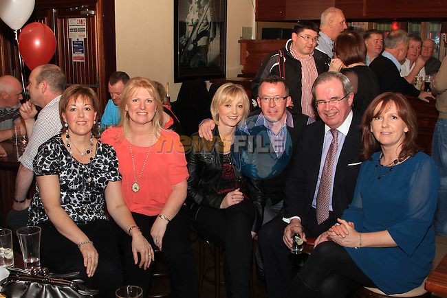 Lorraine Moore, Maura McGrath, Marion Boylan, Seamus McDonagh, Peter Lyons and Joan Holdcroft at the Peter Lyons' Bakery Reunion in McHughs..Picture: Shane Maguire / www.newsfile.ie.