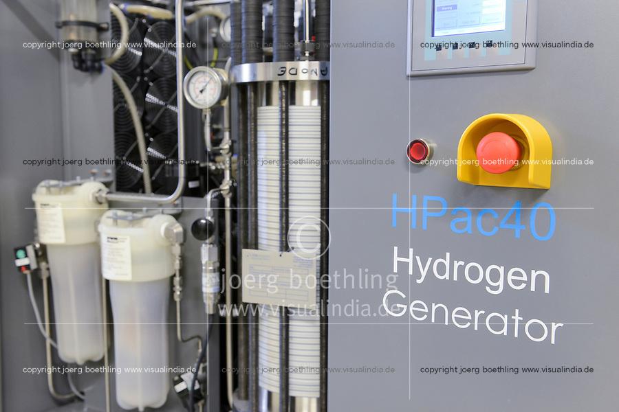 GERMANY, Hamburg, hydrogen generator / Hamburg Bergedorf Energiecampus CC4E, Windstrom zu Wasserstoff, Erzeugung von Wasserstoff, Generator