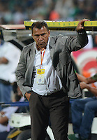 MEDELLÍN -COLOMBIA-26-02-2015. Harold Rivera técnico de Patriotas FC durante partido con Atlético Nacional por la fecha 6 de la Liga Aguila I 2015 jugado en el estadio Atanasio Girardot de la ciudad de Medellín./ Harold Rivera coach of Patriotas FC during the match against Atletico Nacional for the  6th date of the Aguila League I 2015 at Atanasio Girardot stadium in Medellin city. Photo: VizzorImage/León Monsalve/STR