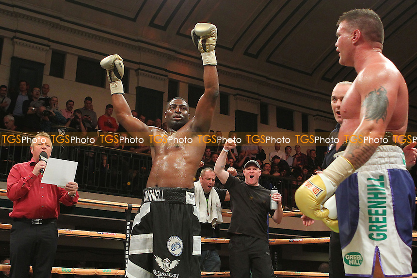 Michael Sprott of the UK defeats Brian Minto of the USA - UK vs USA Prizefighter International Heavyweight Boxing at York Hall, Bethnal Green, London - 14/11/13 - MANDATORY CREDIT: Gavin Ellis/TGSPHOTO - Self billing applies where appropriate - 0845 094 6026 - contact@tgsphoto.co.uk - NO UNPAID USE