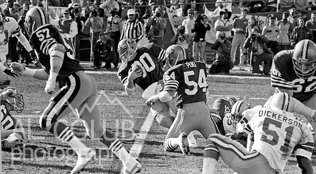 San Francisco 49ers vs.Dallas Cowboys at Candlestick Park Sunday, January 10. 1982..49ers beat Cowboys 28-27 for Conference Championship..San Francisco 49ers Running Back Bill Ring (30) makes good yardage during kick off runback...Photo By Al Golub/Golub Photography.