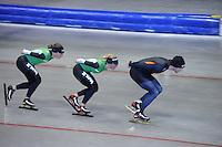 SCHAATSEN: HEERENVEEN: IJsstadion Thialf, 03-06-2013, training merkenteams op zomerijs, Ireen Wüst, Linda de Vries, Freddy Wennemars, ©foto Martin de Jong