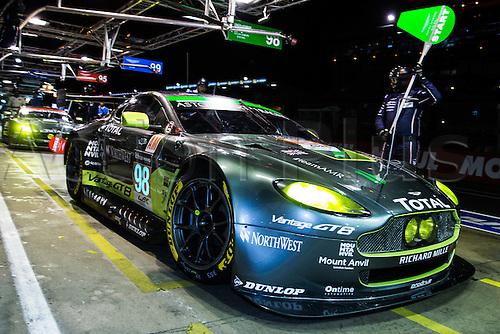 16.06.2016. Le Mans Circuit, Le Mans, France. Le Mans 24 Hours  Qualifying. Aston Martin Racing Aston Martin Vantage GTE LMGTE Am driven by Paul Dalla Lana, Pedro Lamy and Mathias Lauda.