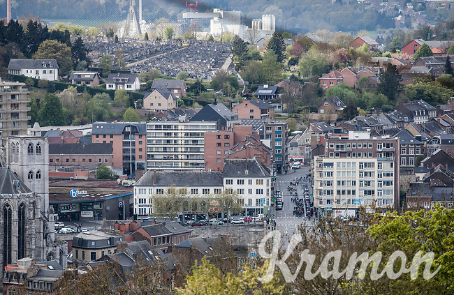 approaching peloton in the valley as seen from the Mur de Huy<br /> <br /> 81st Fl&egrave;che Wallonne 2017 (1.UWT)<br /> 1day race: Binche &gt; Huy 200,5KM