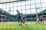 13.04.2019, Weserstadion, Bremen, GER, 1.FBL, Werder Bremen vs SC Freiburg<br /> <br /> DFL REGULATIONS PROHIBIT ANY USE OF PHOTOGRAPHS AS IMAGE SEQUENCES AND/OR QUASI-VIDEO.<br /> <br /> im Bild / picture shows<br /> Tor 1:0, Davy Klaassen (Werder Bremen #30) mit Kopfball zum 1:0 gegen Alexander Schwolow (SC Freiburg #01), Nico Schlotterbeck (SC Freiburg #49) wird von Klaassen angek&ouml;pft, <br /> aufgenommen mit remote / Hintertorkamera, <br /> <br /> Foto &copy; nordphoto / Ewert