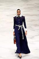 JAKARTA, SP, 10.03.2016 - MODA-INDONÉSIA - Modelo durante desfile da grife Kursein Karzai no Indonésia Fashion Week em Jakarta na Indonésia, nesta quinta-feira, 10. (Foto: Rahmat Azhar Hutomo/Brazil Photo Press)
