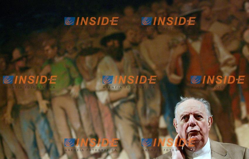 Roma 2008-10-13 Testro Valle: Conferenza stampa di Dario Fo per la presentazione di &quot; Sotto paga! Non si Paga!&quot;<br /> Photo Serena Cremaschi Insidefoto