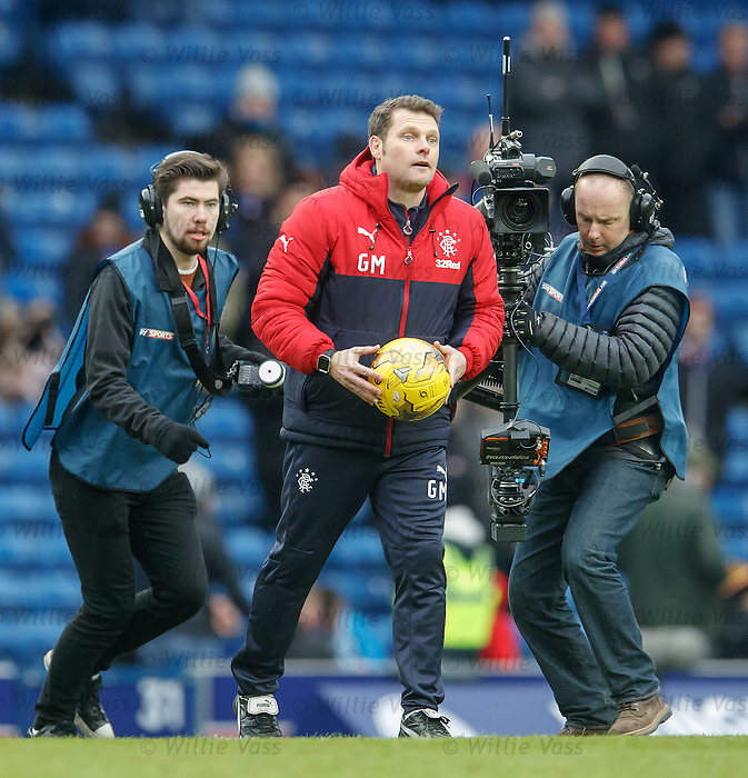 Graeme Murty with the matchball for Joe Garner