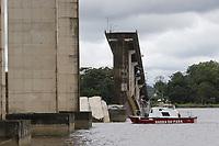 Desaba Ponte do rio Mojú