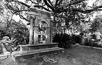 Black/white image of gravesites in Bonaventure Cemetary in Savannah, GA