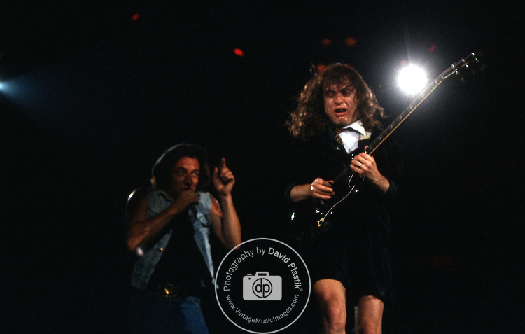 ACDC - Angus Young Angus Young Brian Johnson