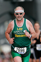 06 AUG 2006 - LONDON, GBR - Fintan Culwin - London Triathlon (PHOTO (C) NIGEL FARROW)