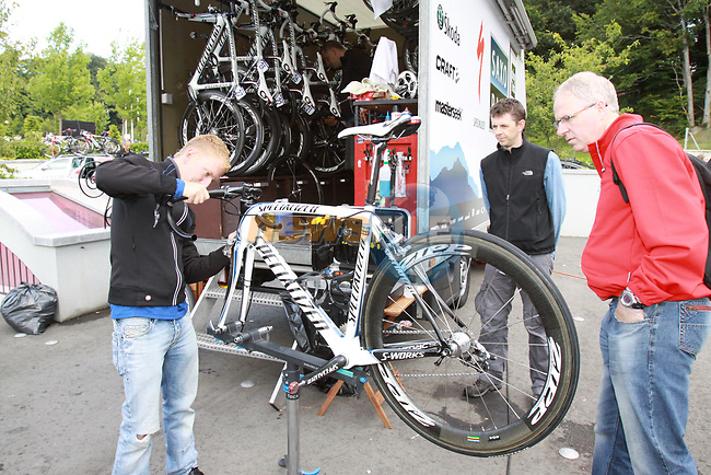 Team Saxo-Bank mechanics prepare the bikes before the start of Stage1 of the 2009 Tour of Ireland, running 196km from the Ritz-Carlton Hotel Powerscourt, Enniskerry to Waterford, Ireland. 21st August 2009.<br /> (Photo by Eoin Clarke/NEWSFILE)