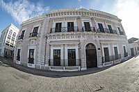 Fachada del edificio de el Museo de Culturas Populares e Indigenas de el estado de Sonora  en la colonia Centenario de Hermosillo, Sonora, Mexico.