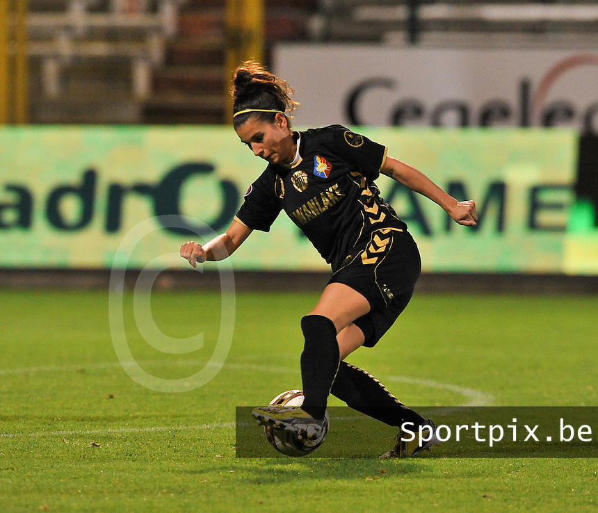 20131018 - ANTWERP , BELGIUM :  Telstar Kristina Sundov pictured during the female soccer match between Royal Antwerp FC Ladies and Telstar Vrouwen Ijmuiden , of the Eight' matchday in the BENELEAGUE competition. Friday 18 October 2013. PHOTO DAVID CATRY