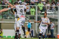BELO HORIZONTE, MG, 07 JUNHO 2013 -CAMPEONATO BRASILEIRO - ATLÉTICO MG X CRICIUMA -Jogadores  do Criciuma comemorando gol durante partida contra o Atlético Mineiro, jogo válidopela06º rodada doCampeonato brasileiro 2013, no estádio Independencia em Belo Horizonte, na tarde deste Domingo, 07. (FOTO: NEREU JR / BRAZIL PHOTO PRESS).