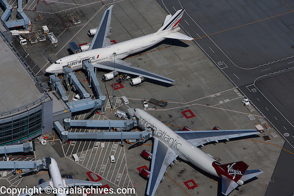 aerial photograph Virgin Atlantic, Air France, San Francisco International airport SFO