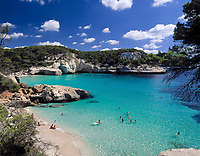 ESP, Spanien, Balearen, Menorca, Cala Mitjana: Badebucht im Sueden | ESP, Spain, Balearic Islands, Menorca, Cala Mitjana: bay and beach in the south