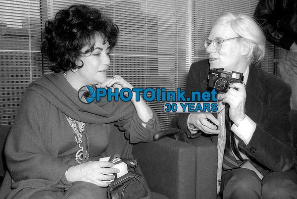 Elizabeth Taylor Andy Warhol 1978<br /> Photo By Adam Scull/PHOTOlink.net