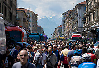huge turnout at the start of Stage 12: Cuneo to Pinerolo (158km)<br /> 102nd Giro d'Italia 2019 > mountains are (finally) creeping closer for this Giro...<br /> <br /> ©kramon