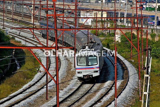 Transporte ferroviário urbano, Lapa, São Paulo. 2004. Foto de Juca Martins.
