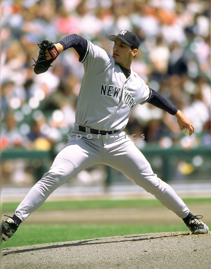 New York Yankees Andy Pettitte (46) in action during a game from his 2000 season with the New York Yankees.  Andy Pettitte played for 18 years with 2 different teams and was a 3-time All-Star.