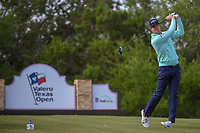 Hudson Swafford (USA) watches his tee shot on 15 during Round 1 of the Valero Texas Open, AT&amp;T Oaks Course, TPC San Antonio, San Antonio, Texas, USA. 4/19/2018.<br /> Picture: Golffile | Ken Murray<br /> <br /> <br /> All photo usage must carry mandatory copyright credit (&copy; Golffile | Ken Murray)